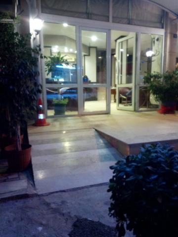 Gülerotel.com-Engelli giriş rampası